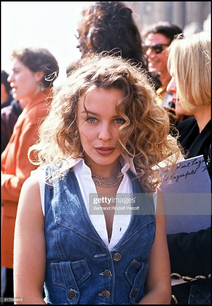 Ready To Wear Fashion Shows Fall Winter 1992 - 1993 Collections - Paris : News Photo