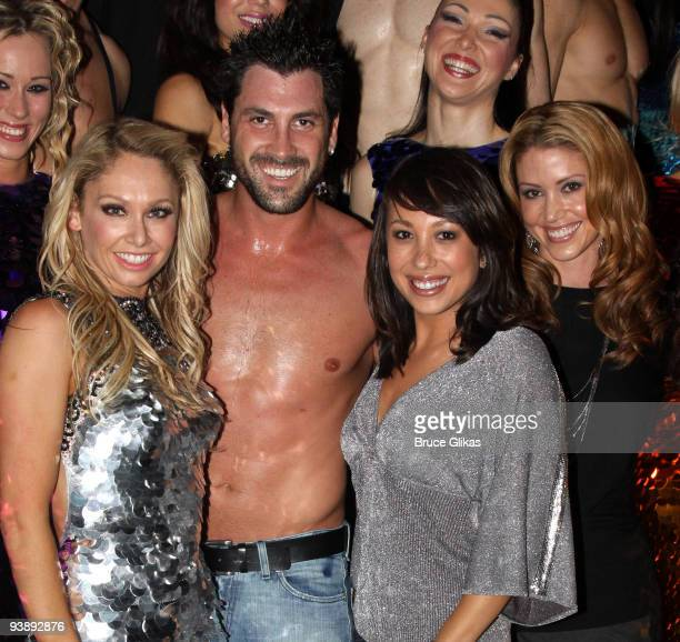 Kym Johnson Maksim Chmerkovskiy Cheryl Burke and Shannon Elizabeth pose with the cast backstage at the hit dance sensation 'Burn The Floor' on...