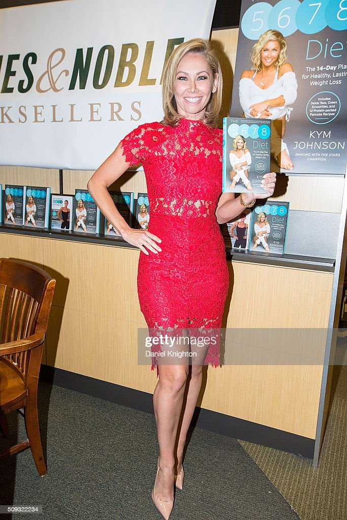 """Kym Johnson Book Signing For """"The 5-6-7-8 Diet"""" : News Photo"""
