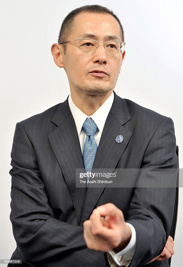 Kyoto University Professor and Nobel Prize laureate in Medicine Shinya Yamanaka speaks during the exclusive interview with the Asahi Shimbun on October 11, 2012 in Kyoto, Japan.