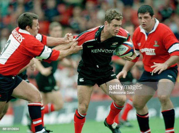 Kyran Bracken of Saracens in action against Gloucester at Vicarage Road in Watford on 20th August 2000 Saracens won 5020