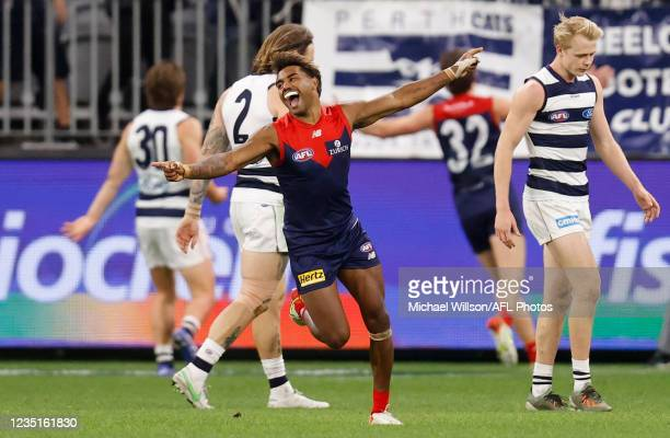 Kysaiah Pickett of the Demons celebrates during the 2021 AFL First Preliminary Final match between the Melbourne Demons and the Geelong Cats at Optus...