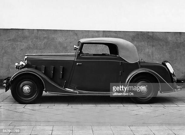 15 l Hanomag mit 32 PSVierzylinderMotor eine elegantes SportCabriolett Zweisitzer mit Notsitzen Seitenansicht 1934veröffentlicht Dame 5/1934Foto...