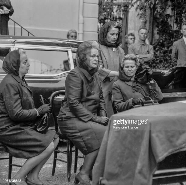 La Bégum aux obsèques de son père, Adrien Labrousse, au Cannet, France le 5 juin 1969.