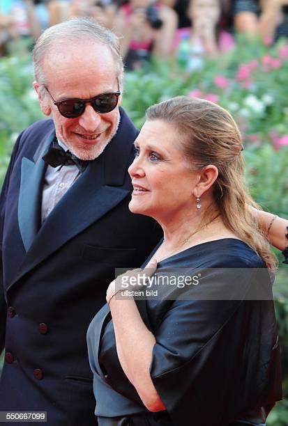 La Biennale de Venezia Italy Filmpremiere GRAVITY mit Carrie Fisher und Begleitung Red Carpet in Venedig