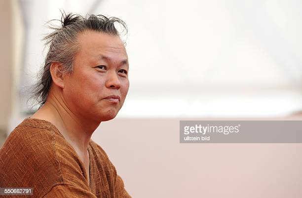 La Biennale de Venezia Italy Filmpremiere MOEBIUS mit Kim Kiduk Photocall in Venedig