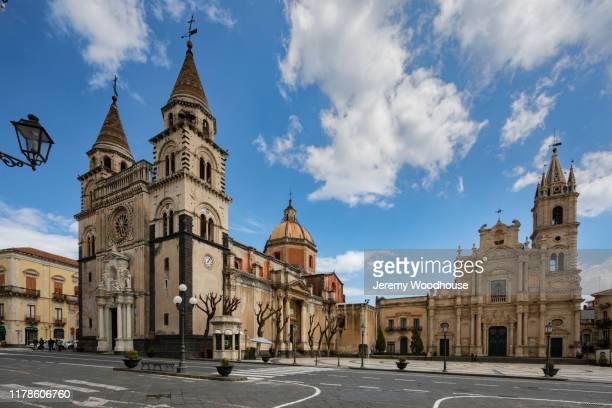 la catedrale chiesa madre maria santissima annunziata - acireale stock-fotos und bilder