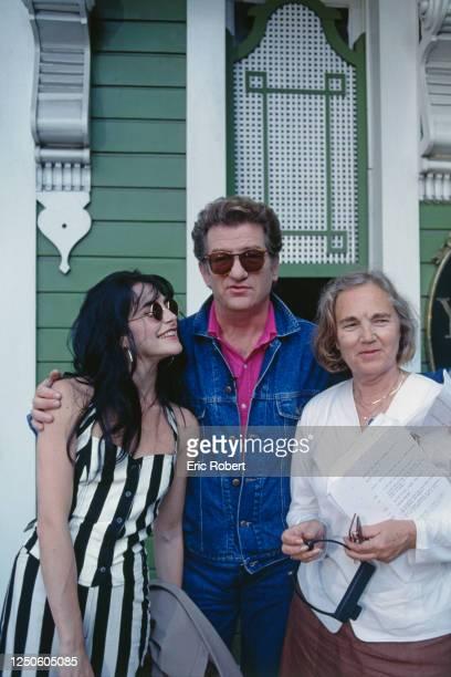 La chanteuse Lio le chanteur Eddy Mitchell et Maritie Carpentier