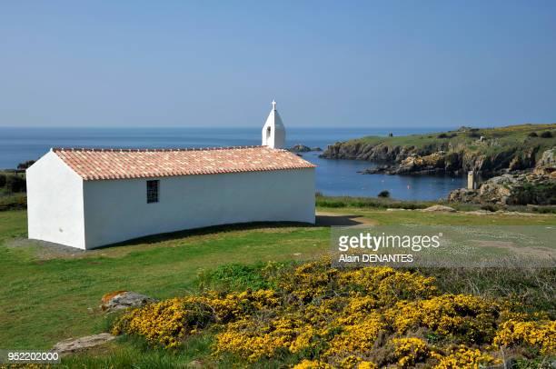 La chapelle NotreDame de Bonne Nouvelle en surplomb du petit port de La Meule face a l'Ocean Atlantique le 03 Mai 2013 a l'Ile d'Yeu en Vendee Ouest...