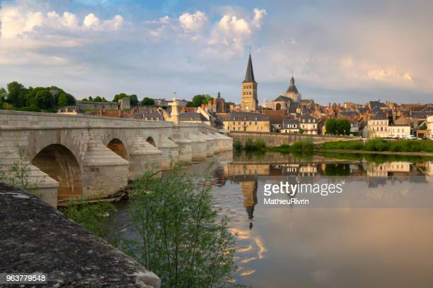 la charité sur loire, beautiful village in bourgogne at the edge of the loire - loire valley stock pictures, royalty-free photos & images