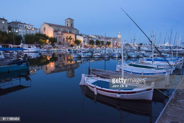 la ciotat  harbor with notre dame de l'assomption - la ciotat photos et images de collection