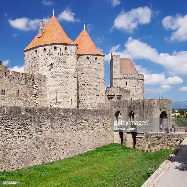 la cite, medieval fortress city, carcassonne, unesco world heritage site, languedoc-roussillon, france, europe - guy carcassonne photos et images de collection