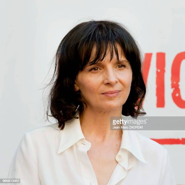 La comédienne française Juliette Binoche lors de la conférence de presse de 'Vaille que vivre ' un spectacle conçu par Alexandre Tharaud d'après le...