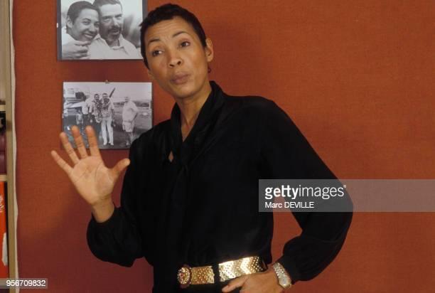 La compagne de Jacques Brel, l'actrice et chanteuse Maddly Bamy en avril 1984 en Belgique.