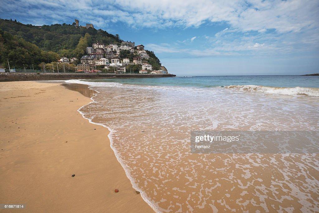 La Concha beach and Igueldo mount, San Sebastian, Basque country : Stock Photo