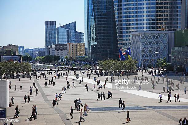 la defense, paris, france - town square stock pictures, royalty-free photos & images
