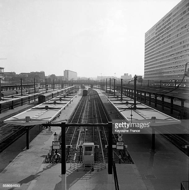 La deuxième tranche des travaux de la nouvelle gare Montparnasse est finie à Paris France le 23 septembre 1965