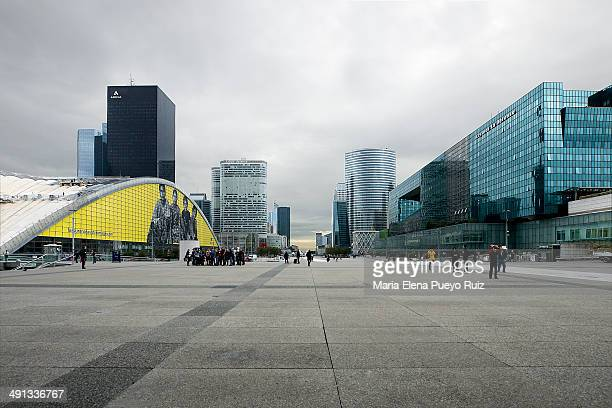 CONTENT] La Défense general view Paris France