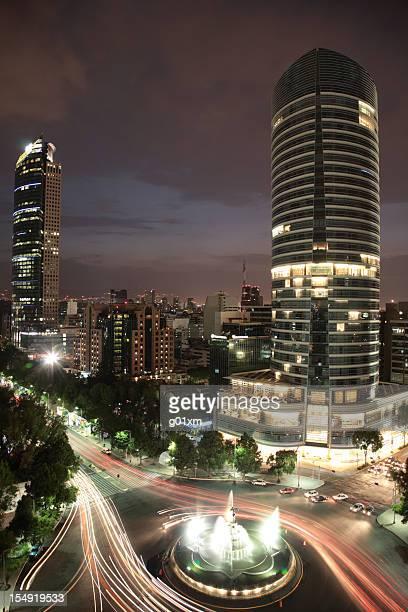 La Diana et les toits de La ville de Mexico