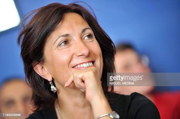 La députée socialiste Sandrine Mazetier participe, le 20 septembre 2008 à Paris, à une réunion afin de présenter la motion de la maire de Lille...