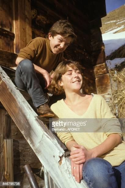 La famille Bennent deux generations de comediens en vacances David Bennent et sa soeur Anne le 4 janvier 1984