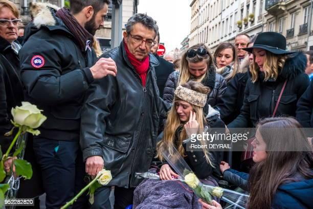 La famille d'AnneLaure Moreno victime d'un chauffard lors de la marche blanche pour lui rendre hommage le 3 décembre 2016 à Lyon France