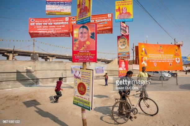 La foire de la spiritualité Kumbha Mela Allahabad en Inde