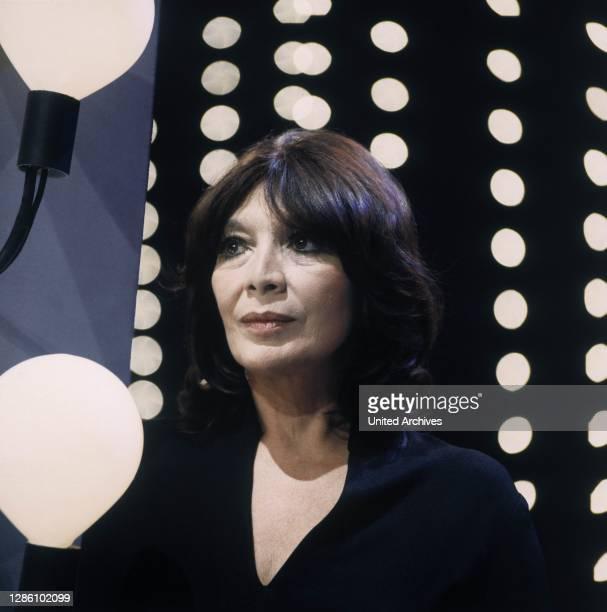 La Grande Dame des Chansons: JULIETTE GRECO , Porträt: TV/ZDF/1980. / Überschrift: Juliette Greco.