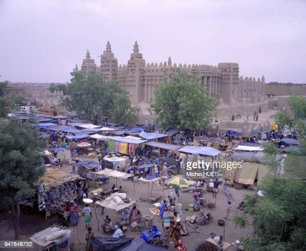 La Grande Mosquée De Djenne Est Le Grand Edifice En Banco Mali Afrique