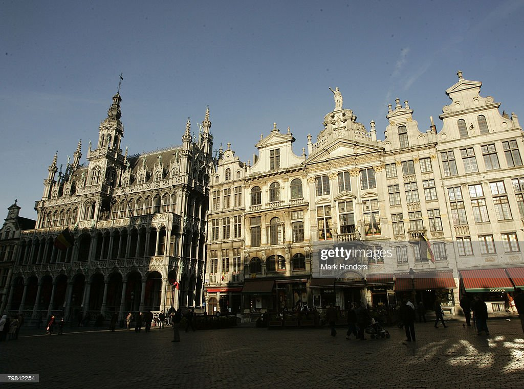 la Grande Place is seen on February 19, 2008 in Brussels, Belgium. Photo By Mark Renders/Getty Images)