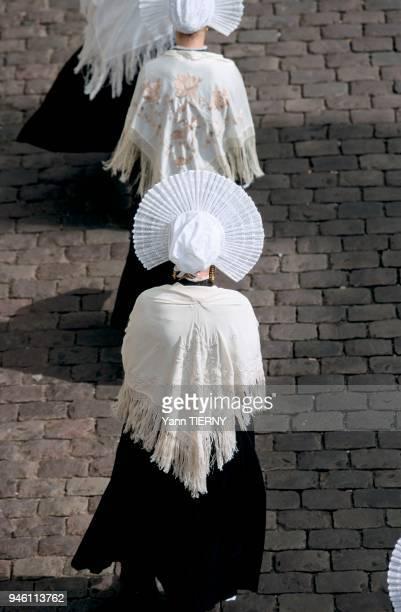 La Grande procession de NotreDame de Boulogne runit de nombreux plerins chaque anne au mois d'aot