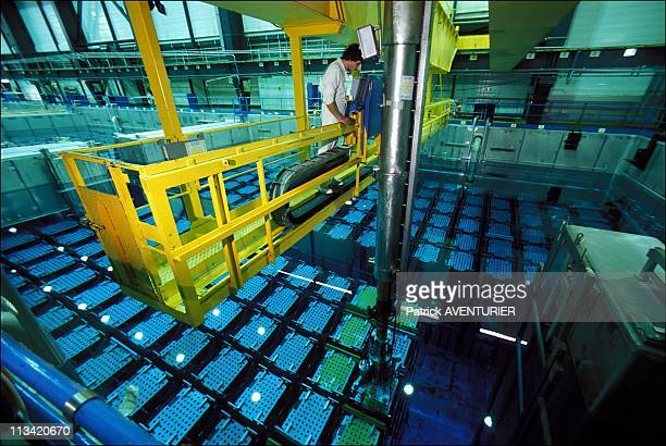 La Hague: Nuclear Reprocessing On September 7th, 1988 - Carrying A 'Basket 'Of Nuclear Fuel In The Cooling Pond