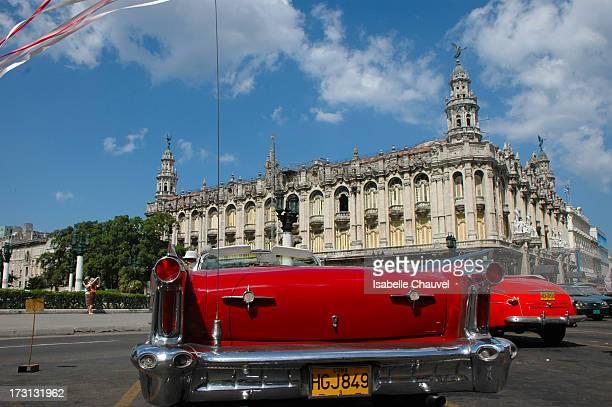 La Havane, capitale politique, économique et historique de Cuba, est avant tout une ville partagée entre passé et avenir. Figée dans le temps par la...