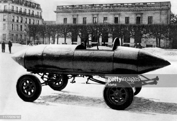 La jamais contente the first road vehicle to go over 100 kilometres per hour 1899