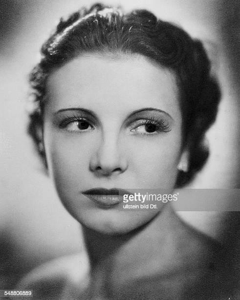 La Jana - Actress, Dancer, Germany *-+ - in the film 'Truxa' Regie: Hans H. Zerlett - 1936 - Published by: 'B.Z.' Vintage property of ullstein bild