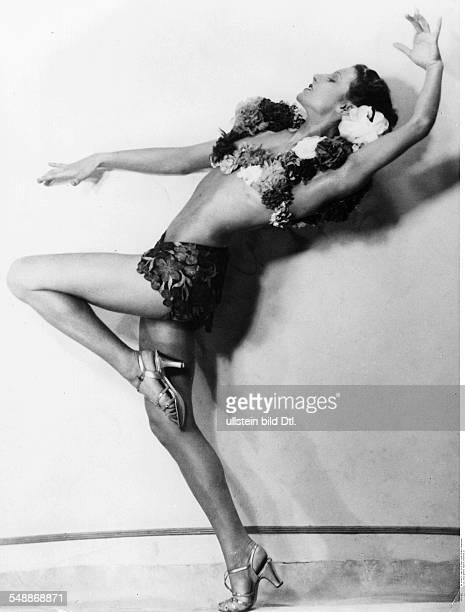 La Jana Actress Dancer Germany * in the film 'Truxa' Regie Hans H Zerlett 1937 Published by 'BZ' Vintage property of ullstein bild
