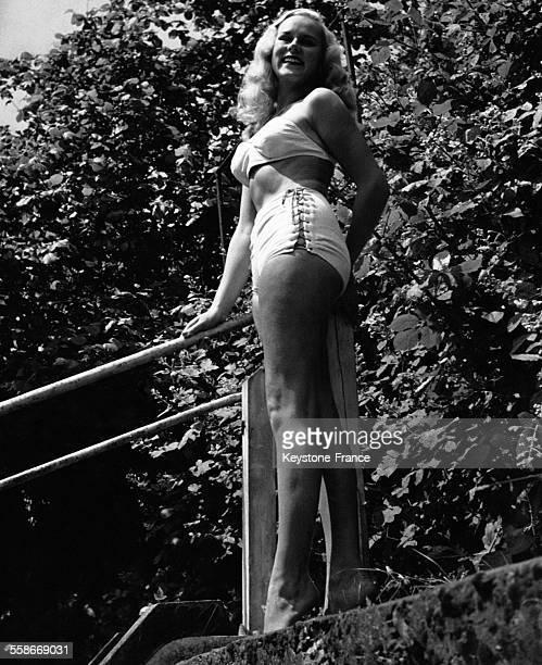 La jeune modèle Patti Morgan coqueluche de l'Australie circa 1950