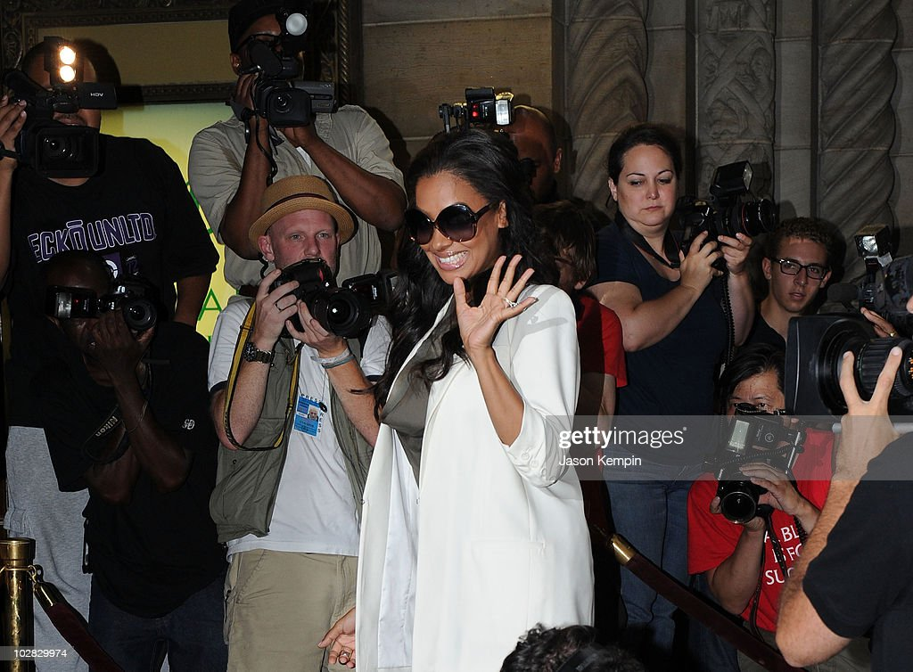 La Vasquez Arrives For Her Wedding To Carmelo Anthony At Cipriani 42nd Street On July
