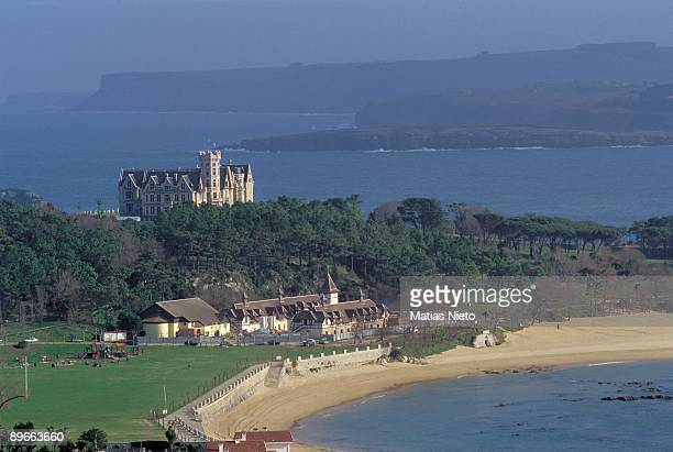La Magdalena Palace Santander Cantabria Dominating the bay from the promontory it raise the Palace wich was built as a summer residence for Alfonso...