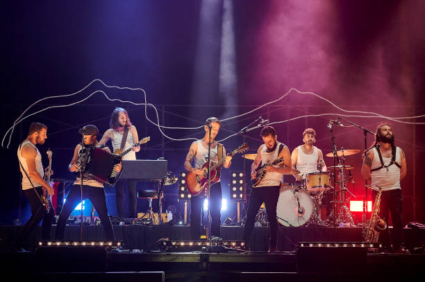 ESP: La M.O.D.A Concert In Burgos