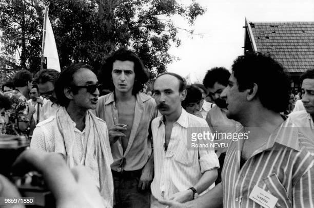La 'Marche pour la survie du Cambodge' organisée par différentes personnalités dont Bernard-Henri Lévy, Claude Malhuret et Xavier Emmanuelli , le 5...