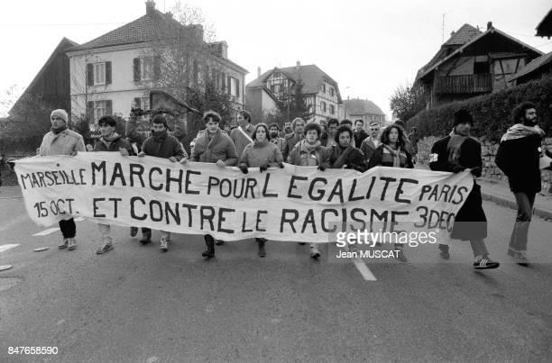 La Marche pour l'Egalite appelee egalement Marche des Beurs est de passage en Alsace ou de nombreuses personnes ont pris le relais des marcheurs le...