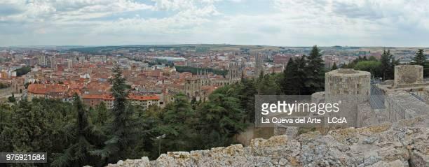 la mirada del castillo - arte stock pictures, royalty-free photos & images