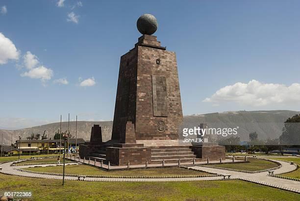 La Mitad del Mundo (Equator) marker