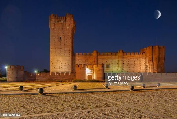 la mota castle - trapezoid stock pictures, royalty-free photos & images