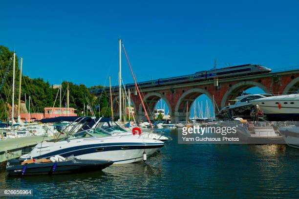la napoule, harbor of la rague, french riviera,france - tgv photos et images de collection