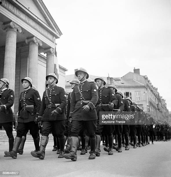 La nouvelle promotion Confiance de la Police nationale à Périgueux France circa 1940