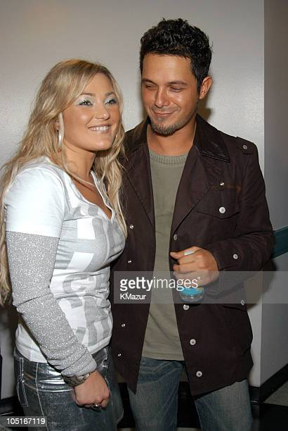 La Oreja De Van Gogh and Alejandro Sanz during MTV Video Music Awards Latin America 2003 Backstage and Audience at The Jackie Gleason Theater in...