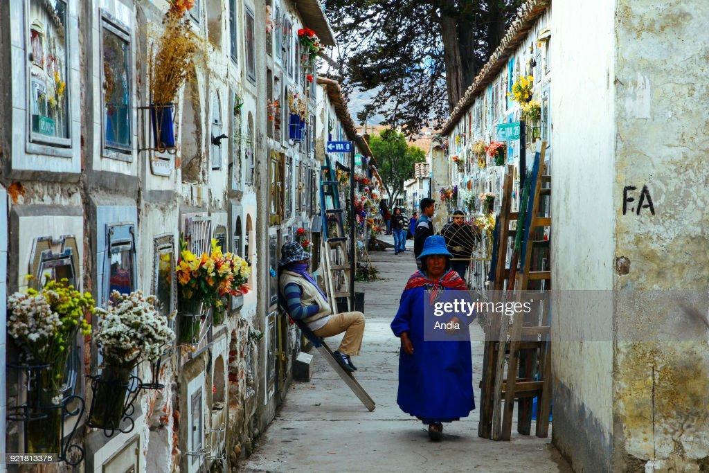 La Paz, cemetery. : News Photo