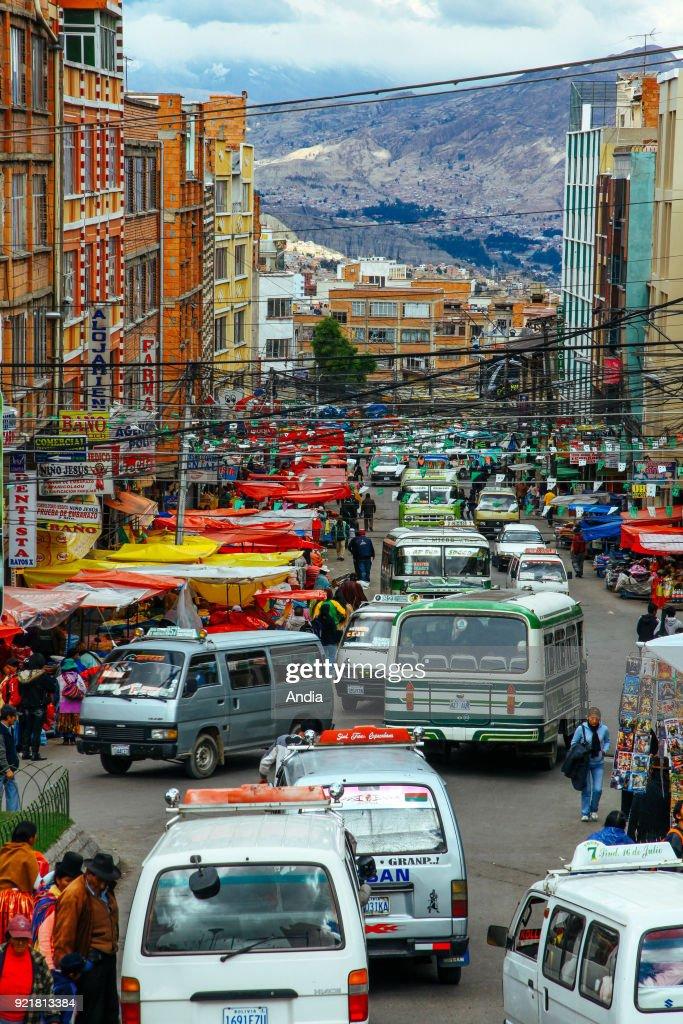 La Paz, traffic. : News Photo